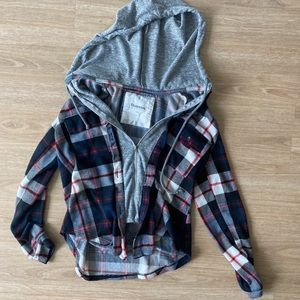 Checkered black,blue, grey & red sweater w/ hood S